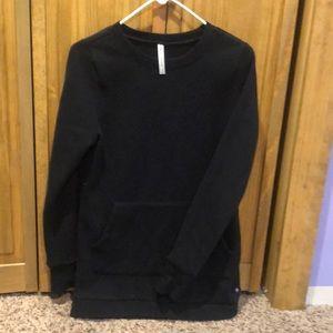 Plain black sweatshirt